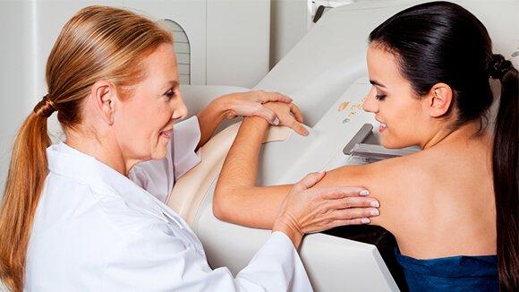 Mamografia Após Silicone: Entenda o Que Muda Aqui! - Silicone Center